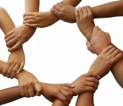 Linked_hands