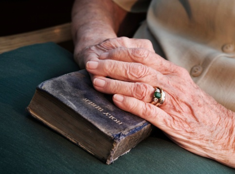 orig_old_hands_on_bible